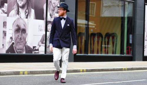 haaretz:  Breaking with all black, some Chabad men are pushing fashion boundaries. A group of Chabad-affiliated men are flouting their community's sartorial codes, donning boldly colored shoes, trendy hats, bow ties, sharply cut jackets and pocket squares.