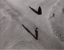 migratorypatterns:  free-parking:  Shirin Neshat, Fervor  mmm those shadows