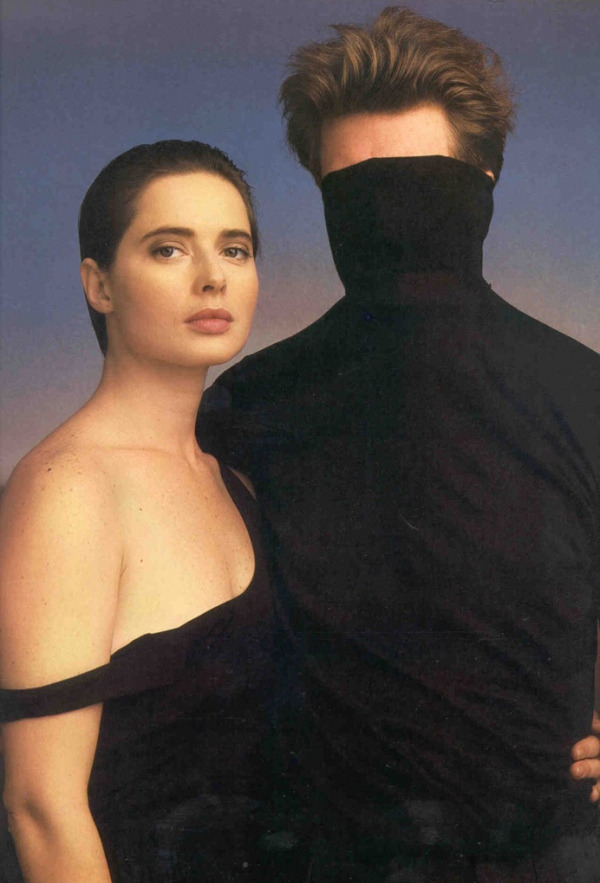 stray-souls:  Isabella Rossellini and David Lynch, Annie Leibovitz, 1987