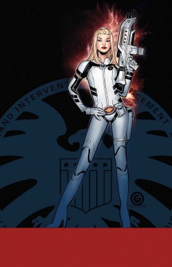 charactermodel:    White Queen by CHRIS BACHALO [ UNCANNY X-MEN #10 ]  via riseofthelegend  I heard this was Dazzler, though I could never tell when Bachalo draws them.  (Not complaining though. He can draw the Hell out the X-Men!)