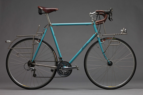 Stainless steel touring frame (via horse cycles)