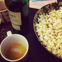 About to watch #Factotum…#scotch + #popcorn #AwesomeDhalsim #Bukowski #brookfield @deleonardis @MagDeLeonardis @lmsapienza7