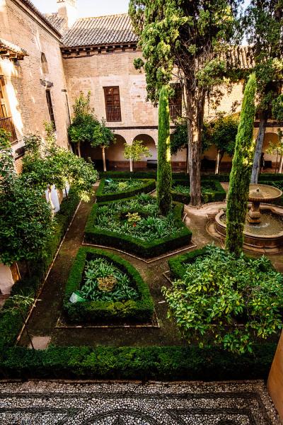 allthingseurope:  The Alhambra, Spain (by Vlad Bezden)