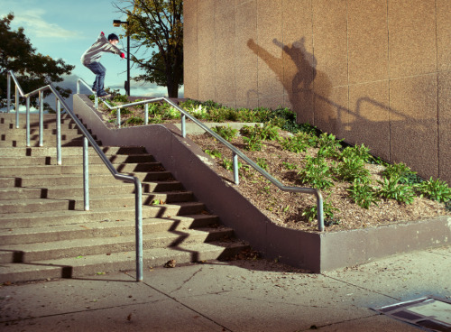 samfidlin:  Colin Findlater - frontside 5050.As seen in his Concrete Skateboard Magazine interview.
