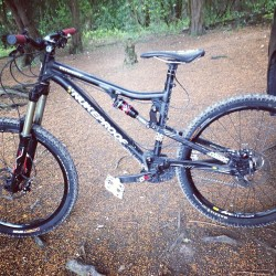 Weapon of choice for today #astonhill #megaavalanche (at Aston Hill)
