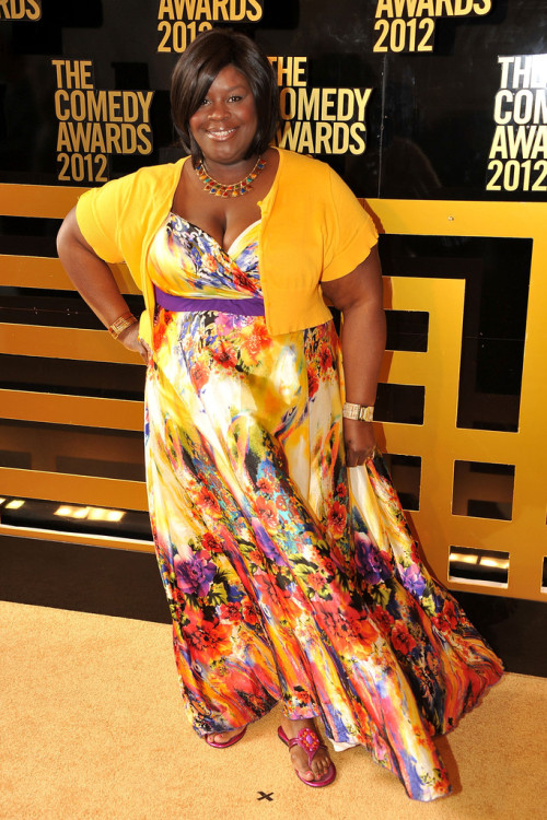 fyeahpocredcarpetfashion:  Retta attends The Comedy Awards 2012 at Hammerstein Ballroom on April 28, 2012 in New York City.