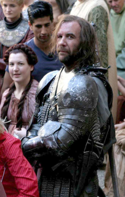 rorymccann:  Rory McCann behind the scenes of GoT S2 (x)