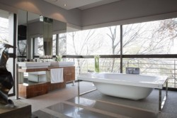 homedesigning:  (via Beautiful Architecture: House with Pool in Johannesburg)