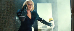 'RED 2': Helen Mirren Wants to Pop a Cap in Bruce Willis'… Well, You Know  [Photo Credit: CREDIT Summit Pictures]