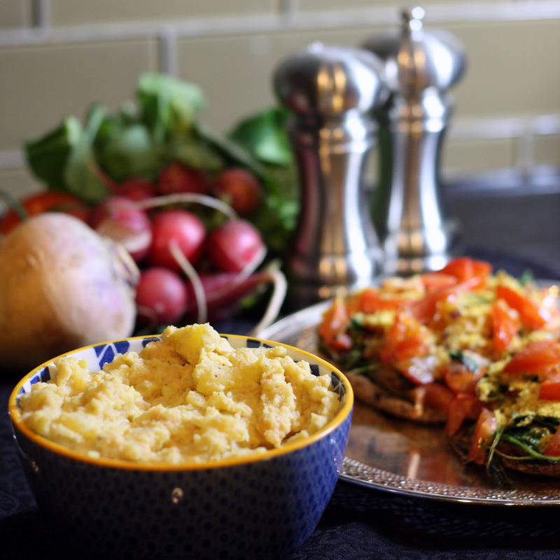 findvegan:  Smashed Power Rutabega - great substitute for mashed potatoes!   Never heard of Rutabega but it looks yumtastic