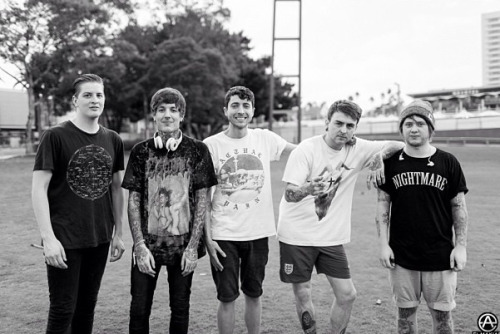 moshturbate:  moshturbate:  Bring Me The Horizon | Soundwave 2013 Photo by elmakias  10k notes :')