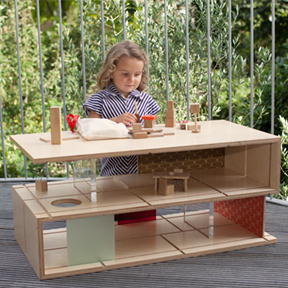 mixed use coffee table / doll house. Brilliant for small space living.  (via Qubis)