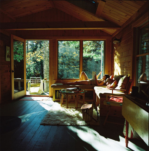 pledgingmylove:  one day I will own a cottage this lovely.