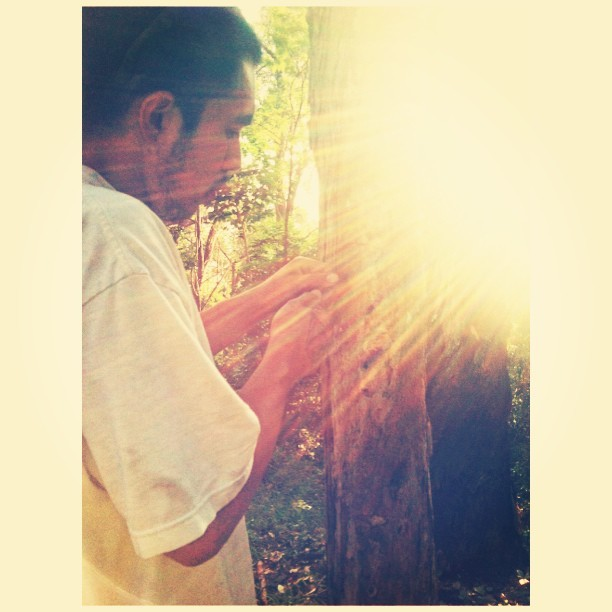Bubby carving our initials into a tree 💘 | cc: @kaifknkam | #carving #trees #boyfriendsofinstagram #boyfriend #truelove #instagood #igdaily #steezy #foreverandever #artsyfartsy #nature #sunshine #allnatural #naturalart #outdoors #lateupload #permanence #heavenly #iphonesia #iphoneography #love #sweet #teamiphone #winning #KandM #folyphe