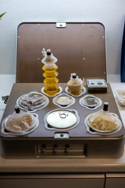 laughingsquid:  Trying Astronaut Food at NASA's Space Food Systems Laboratory