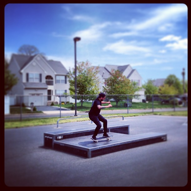 @dinkroar crushing it for the cameras! (at Port Monmouth Skateboard Park)