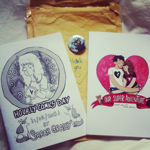 Eee, look what just came in the mail! Comics from across the pond! 💕 Thanks Sarah! #comicdiary #comics #sarahgraley