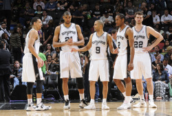 nba:  Tony Parker instructs the Spurs during the game between the Los Angeles Clippers and the San Antonio Spurs on March 29, 2013 at the AT&T Center in San Antonio, Texas.  (Photos by D. Clarke Evans/NBAE via Getty Images)