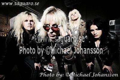 fuckyeahdavelepard:  Crashdïet photoshoot with Michael Johansson