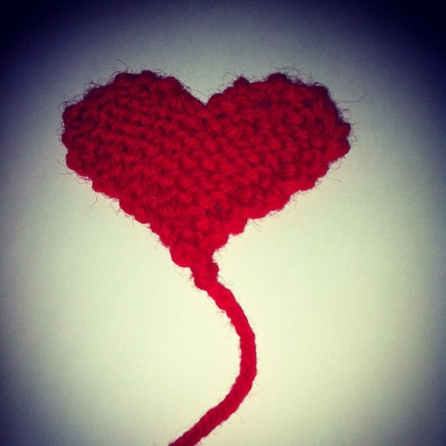 Late night #knitting #red #heart #heartonastring #ilovetoknit