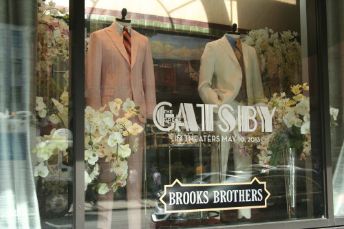 princesspooface:  I love passing by Brooks Brothers and seeing this! It looks so classy!