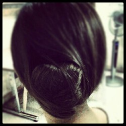 Improvised #hairbun . #chignon #heart :)