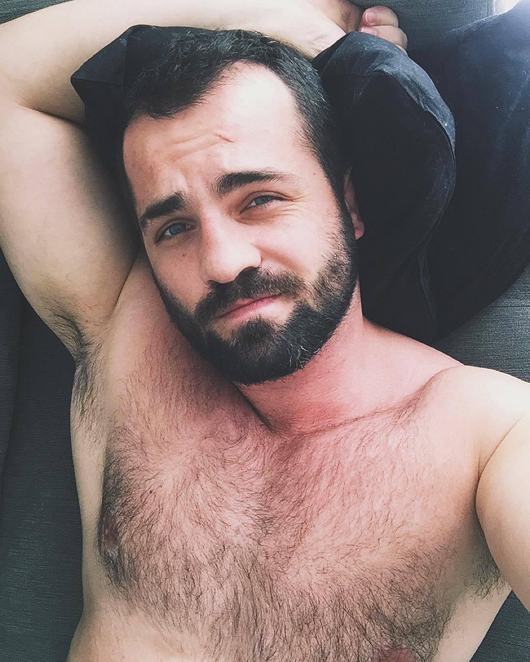 2018-11-26 23:24:40 - lembra te sempre cada dia nasce de um novo beardburnme http://www.neofic.com