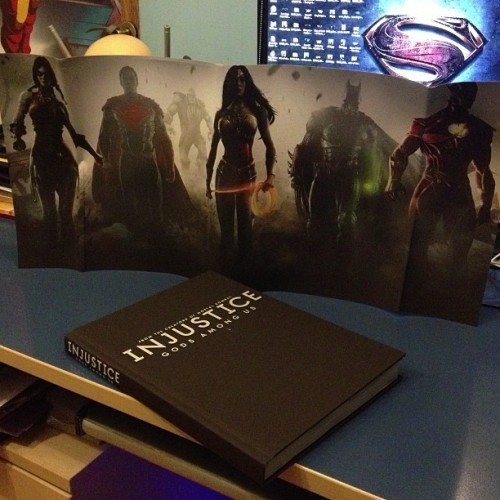 Awesome reading is Awesome! #injustice #reading #book #strategy #guide #dc #dccomics #superman #batman #wonderwoman #flash #game #xbox #epic #awesome #instafun #instadaily #happy #harleyquinn #super  (at Vulpan Manor)