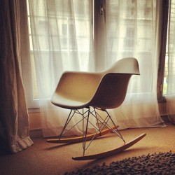 #new #chair #design #eames #home