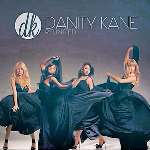 I'm seriously going to die.  #gay #love #ooc #danitykane #dk #yes @aubreyoday #idie