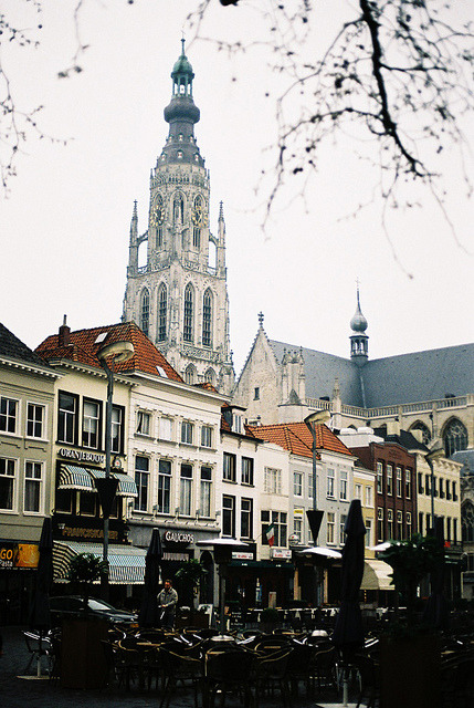 w4lrusss:  breda grote markt by *Imogen on Flickr.