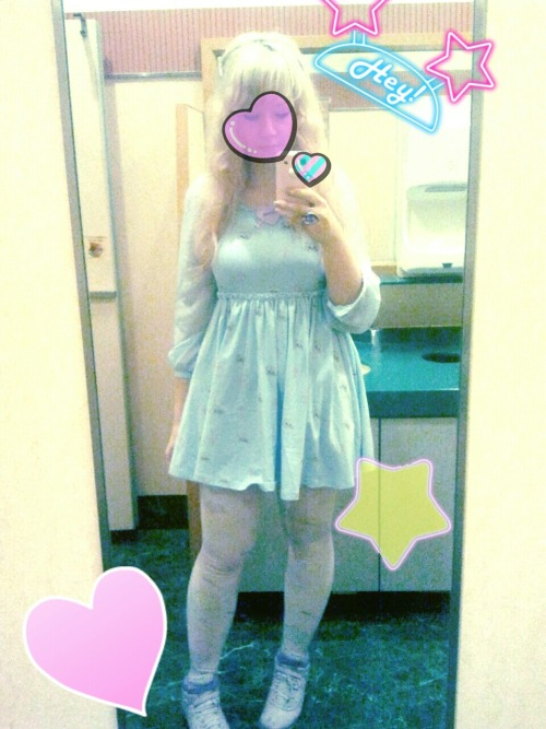 E Hyphen Bon Bon cat dress is a dream, really I love it so much! //v// ♡