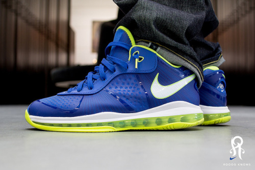 sneakerphotogrvphy:  Lebron VIII Sprite by Rooog Knows on Flickr.