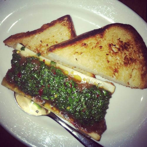 Bone marrow with toast