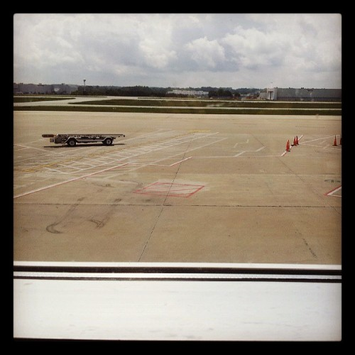 GSO > PHL (at Piedmont Triad International Airport (GSO))