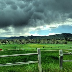 Stormy afternoon near Boulder #stormy #spring #colorado #boulder