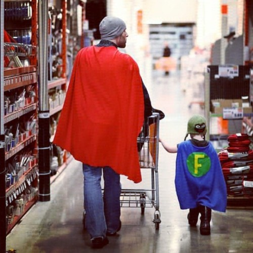 9gag:  I know a good dad when I see one.      (via TumbleOn)