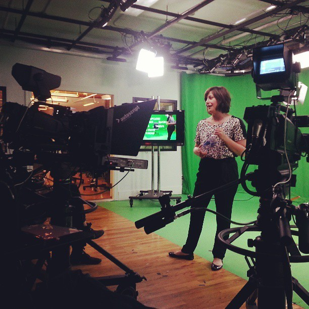 #greenscreen shoot today. #filming  upclose today with Christine . #Sinovision  (at Sinovision)