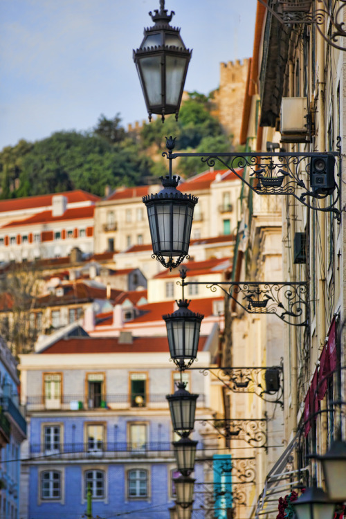 travelingcolors:  Lisbon | Portugal (by Kona Photos)