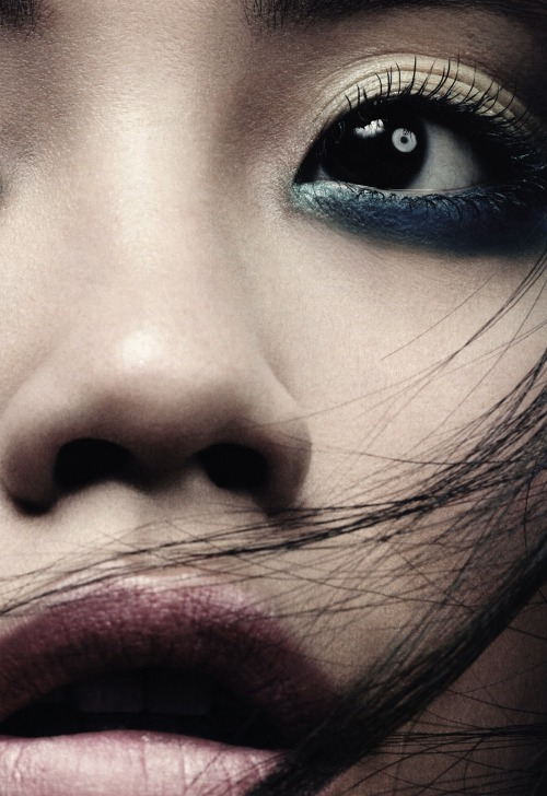 Asia Exposure, Ming Xi for Vogue China, April 2011