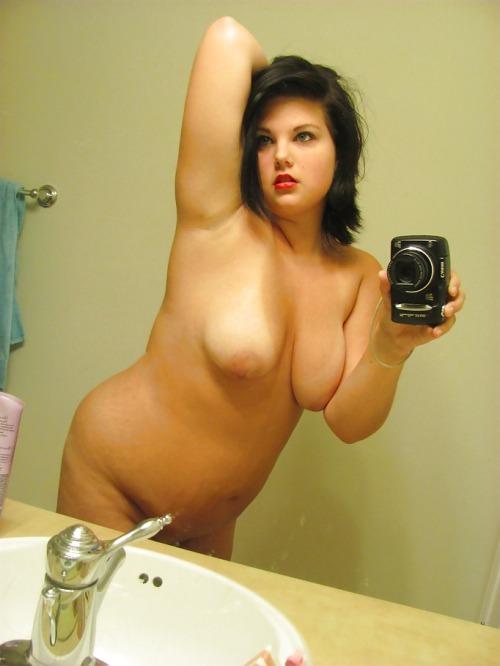 фото полных девушек в ванной