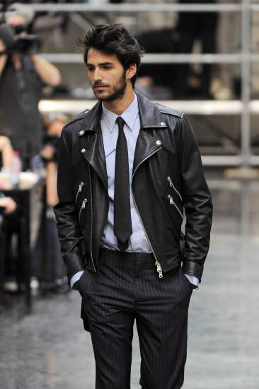 maninpink:  Great jacket,suit attire