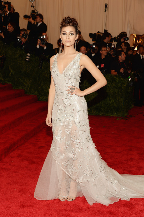 I mean. I can't. #EmmyRossum in #DonnaKaranAtelier