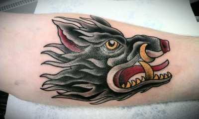 A handsome little boar courtesy of Doug Fawkes from the Flaming Gun Tattoo studio in Colchester, UK