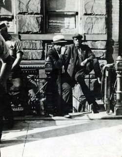 iwantmoreinspiration:  This photo was taken in 1933 in Harlem, NY!!! Man the resemblance to Jay Z in UNCANNY! I mean WOW….