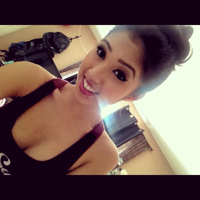 theleeannlove:  Follow me on instagram <3 @Leeannlovee