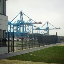 l5-op-bezoek-bij-de-modernste-terminal-van-de-wereld-bij-apmterminals-op-de
