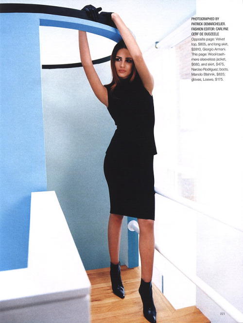"""Black"", Marie Claire US, September 1999Photographer : Patrick DemarchelierModel : Fernanda Tavares"
