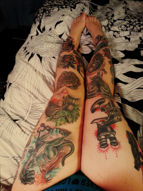 lifeandlimb:  December 2012 leg tattoo progress.  Last of the year. It's been a good year for my legs!
