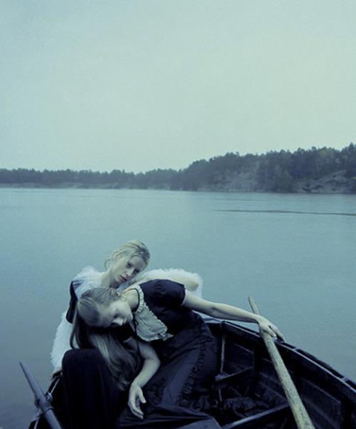 "bienenkiste:  ""The Nordic Light"". Milana Bogolepova and Sasha Gachulincova by Yelena Yemchuk for Vogue Nippon October 2006"